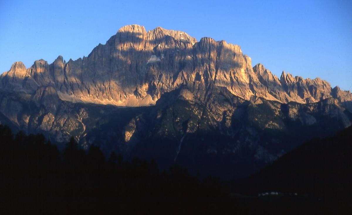 La parete Nord del Monte Civetta da Ronch di Laste