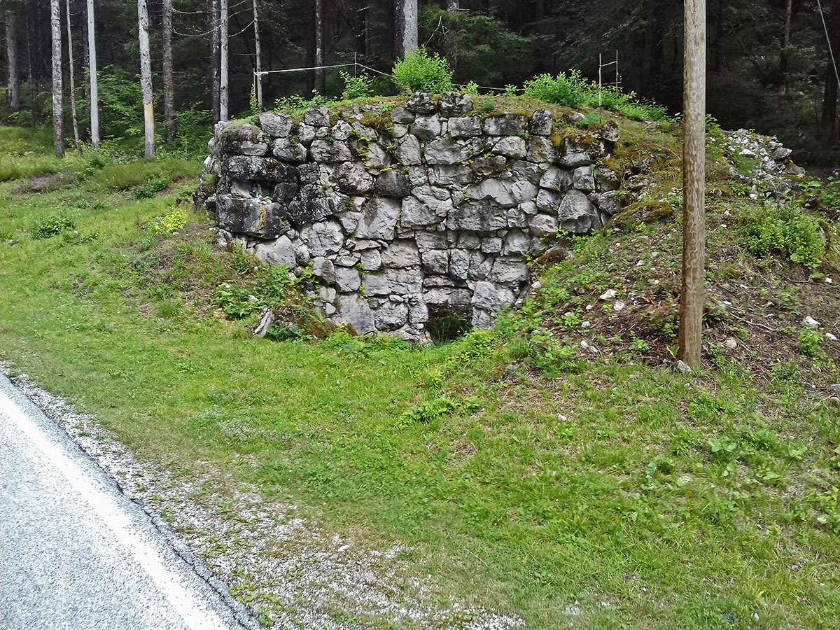 Mezzavalle (Half Valley) Lime kiln