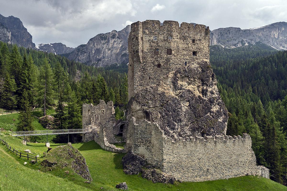 Schloss Andraz (foto von Giacomo De Donà)