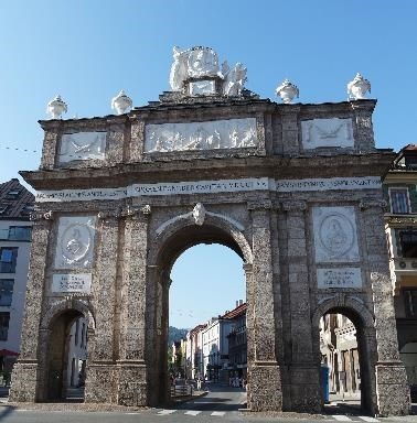 The Triumphal Arch is located at the southern end of present-day's Maria-Theresien-Straße and represents, historically speaking, the south entrance to the city.