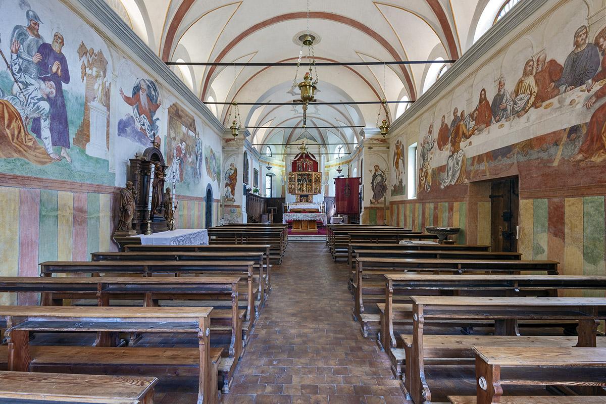 Innenraum der Kirche (foto von Giacomo De Donà)